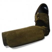 Кожаный защитный рукав с твёрдым грызаком